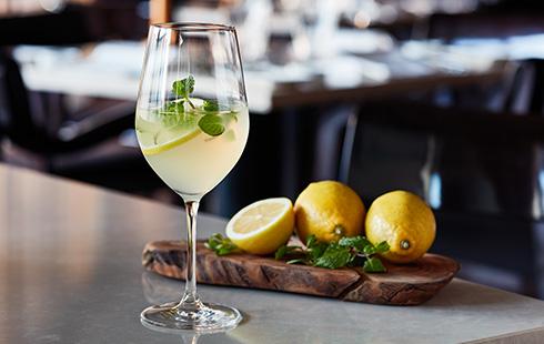 NoMad Grill Lounge(4階)「和歌山レモンの自家製レモネード」