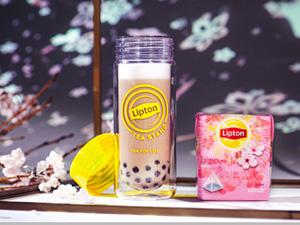 日本一早いお花見に「リプトン」の限定さくらドリンク8種類が登場!