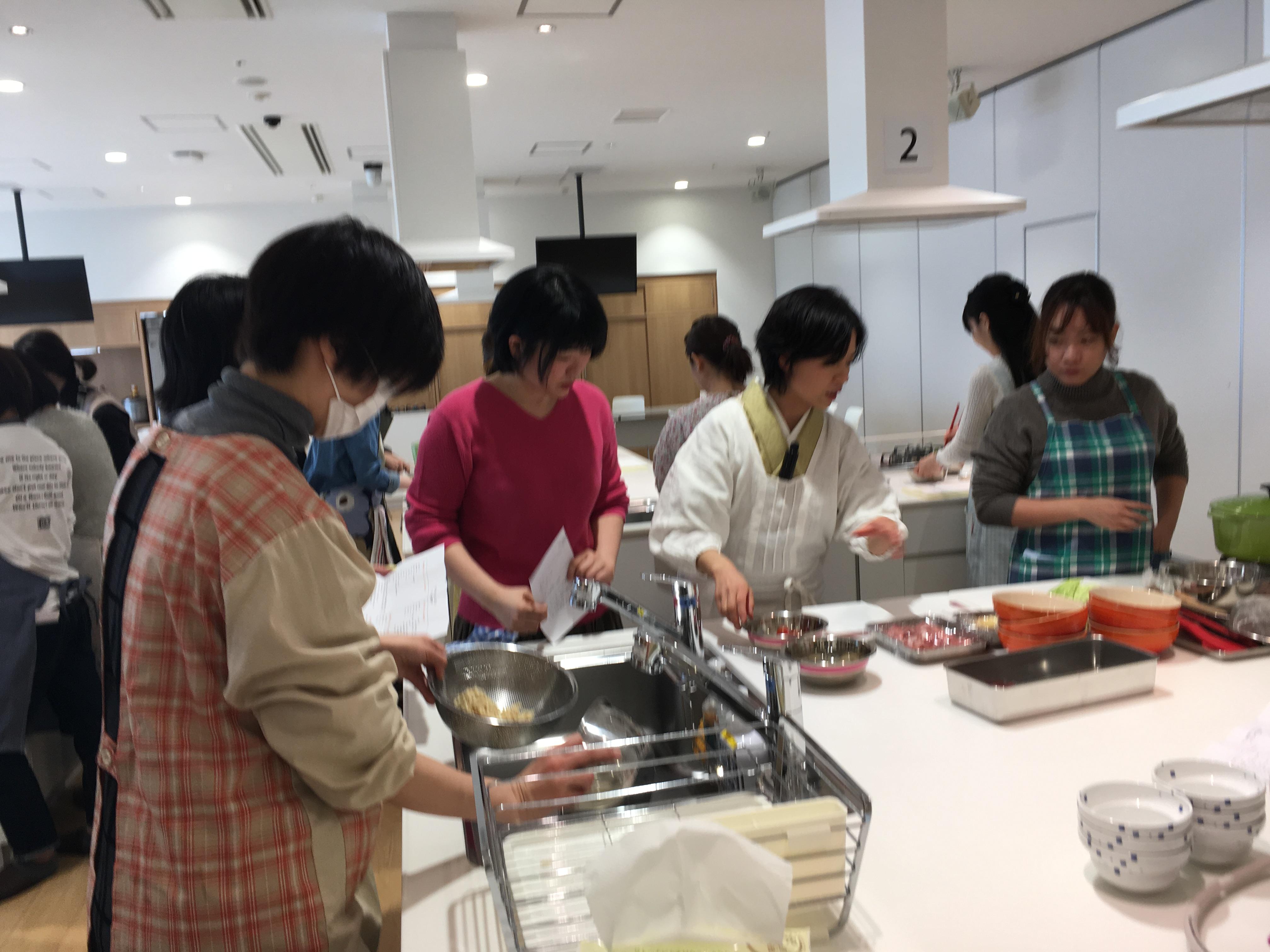 【編集部ブログ<OSAKA>】みそ汁って奥が深い! 2月17日に、みそ汁&みそ玉の料理教室を実施しました