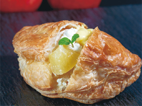 食べた瞬間にリピートを確信 イタリアン巨匠のアップルパイ