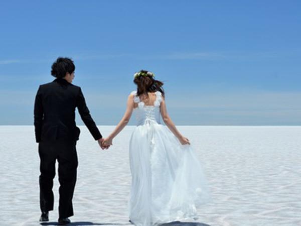 新婚旅行で行ってみたいところは?