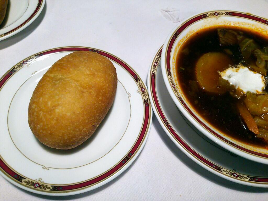 神戸マダムに愛されてる「純ロシア料理 バラライカ」in 神戸