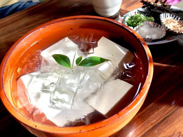 花冷えには美味しい京都の湯豆腐屋・竹むら!3千円台コースでコスパ抜群!