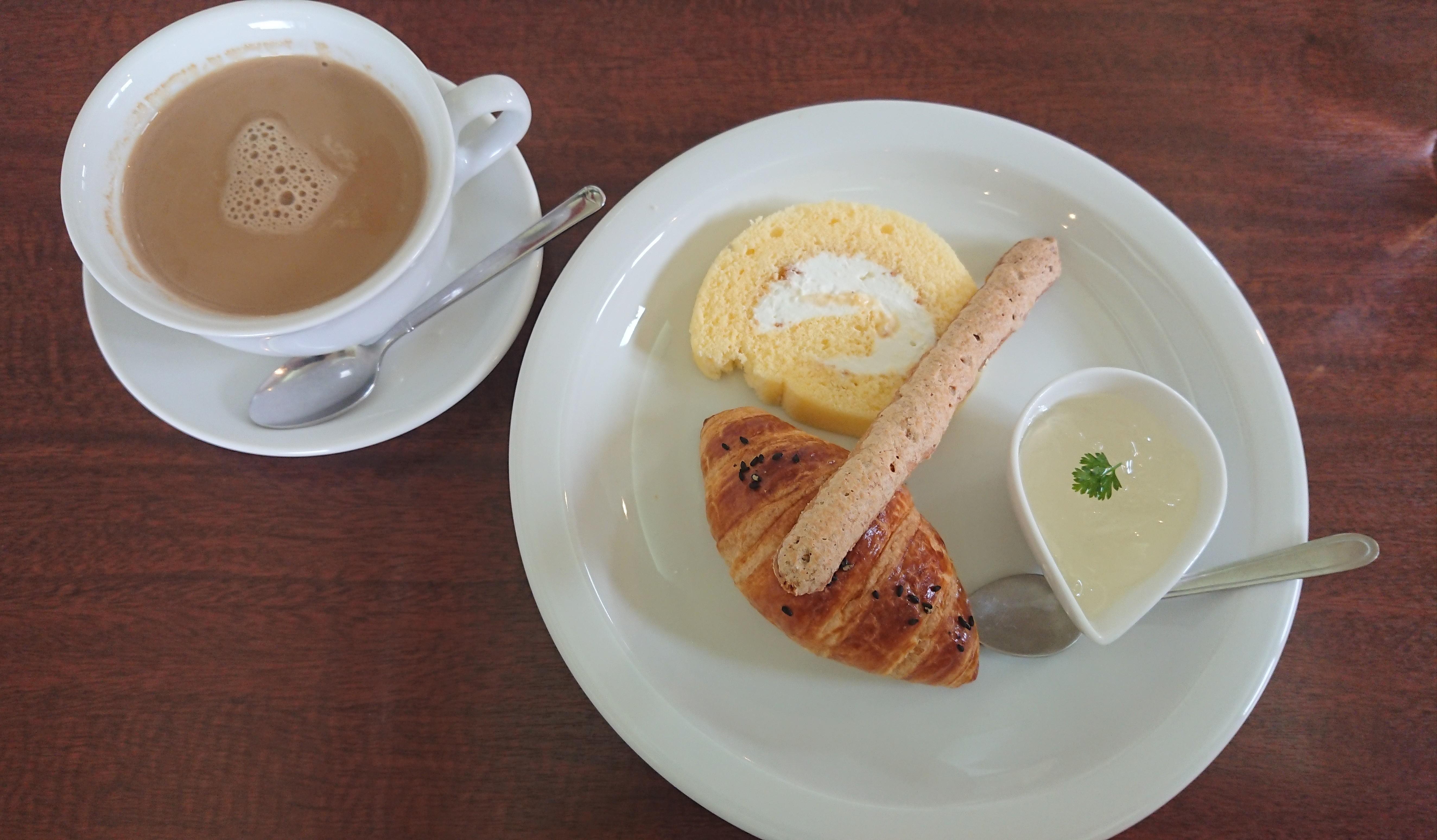 【100均】おしゃれなセリアの白い食器が優秀すぎる件