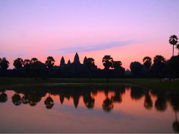 【カンボジア旅行②】一生に一度は見たい!アンコール・ワットの朝焼け