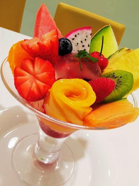 期間限定パフェ☆タカノで味わう、16種類の王道フルーツパフェ♪