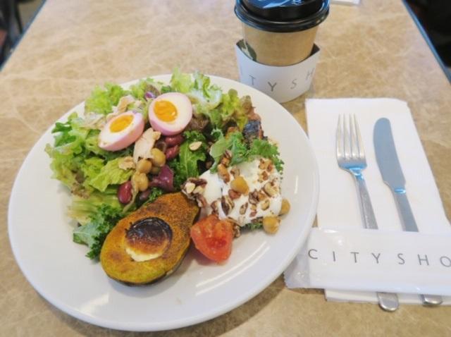 色鮮やかな綺麗で美味しい野菜デリに大満足!リピートのお気に入りカフェ♪