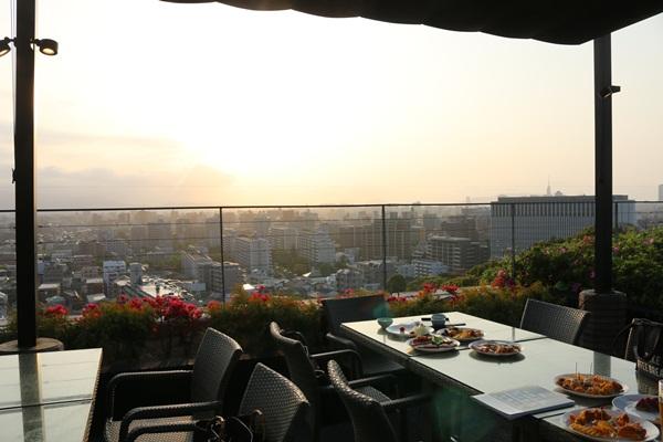 【中央区】アゴーラ福岡山の上ホテルで、ラグジュアリービアガーデン!