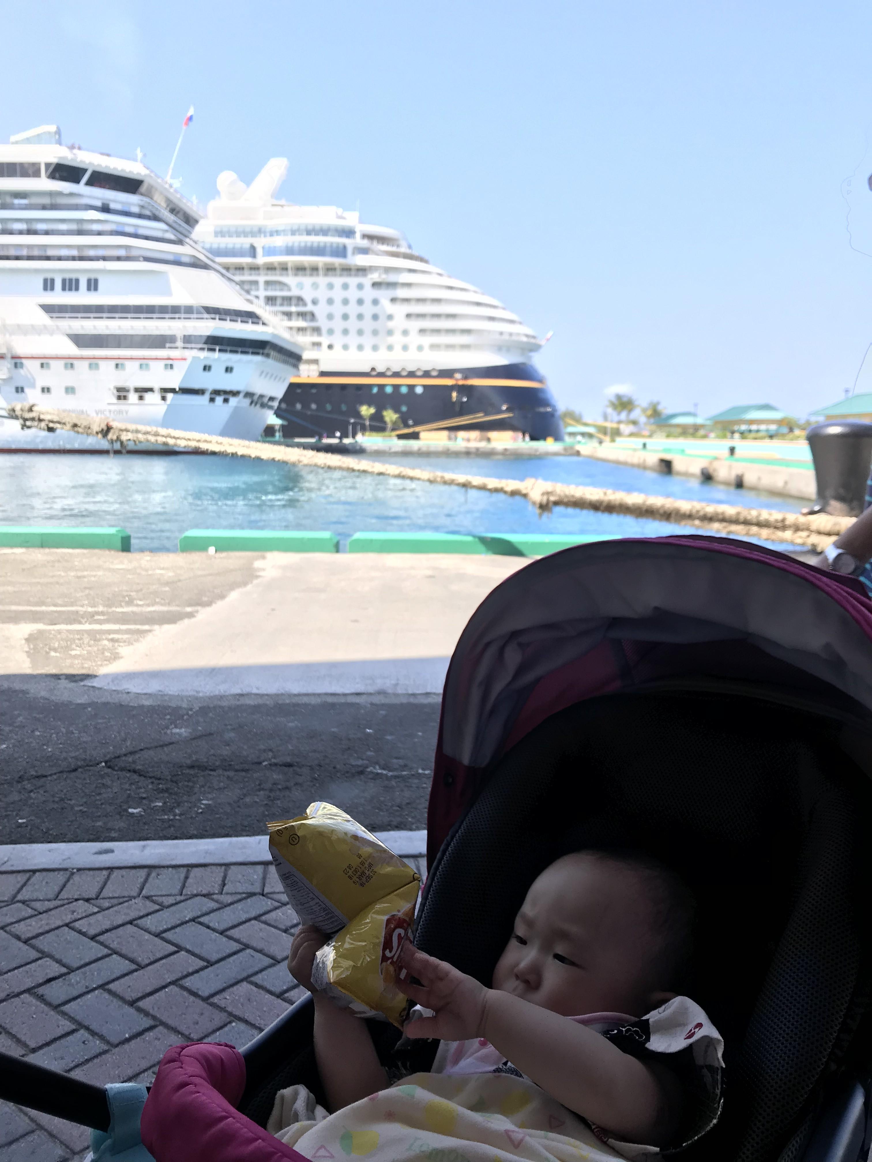 赤ちゃんとディズニードリーム号で、バハマ・ナッソーに立ち寄り★