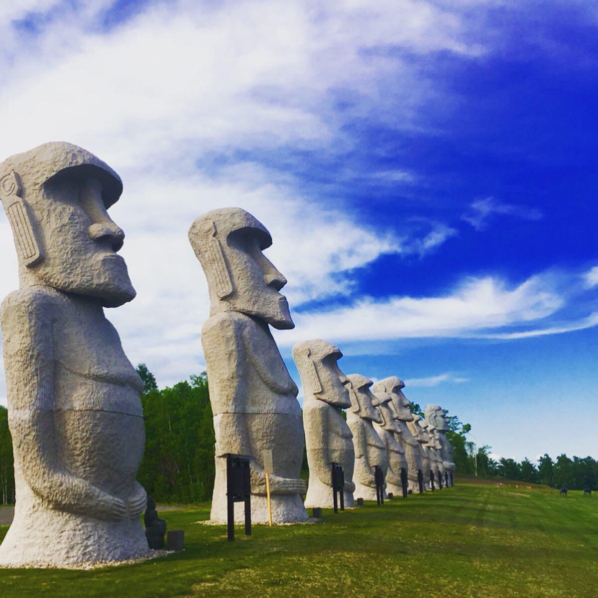 イースター島のモアイ像を越えた!?日本最大級のモアイ群