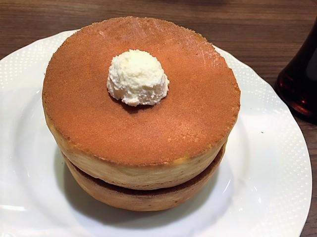「星野珈琲店」で名物スフレパンケーキ頂きました♪