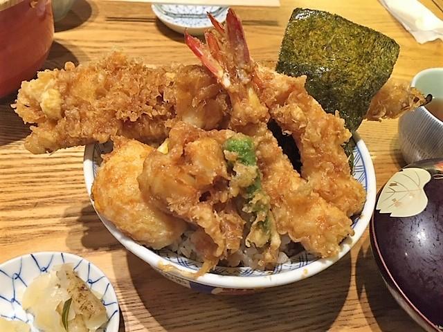 「金子半之助」でボリューム天丼、ご馳走様です!!