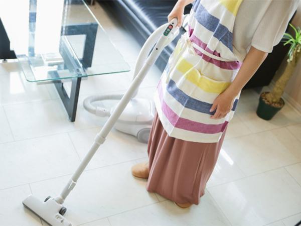 掃除機をかける頻度はどれくらい? 理想と現実の差は?