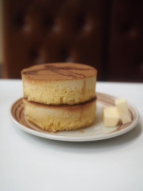 【モーニング】鎌倉の名店、イワタコーヒーでホットケーキを食す