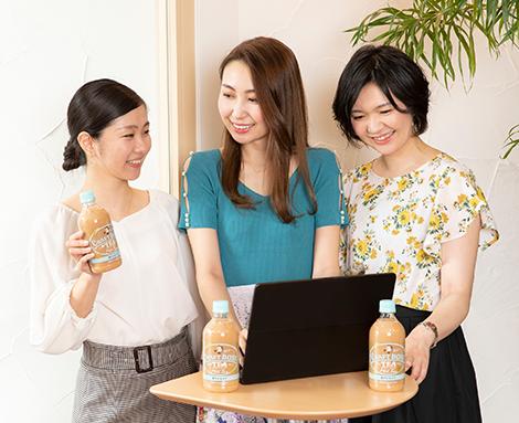 左から西村さん、尾崎さん、大隅さん