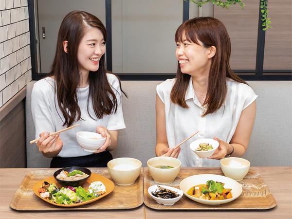 【今月の社食】健康ノウハウを生かした体に優しいメニューの数々