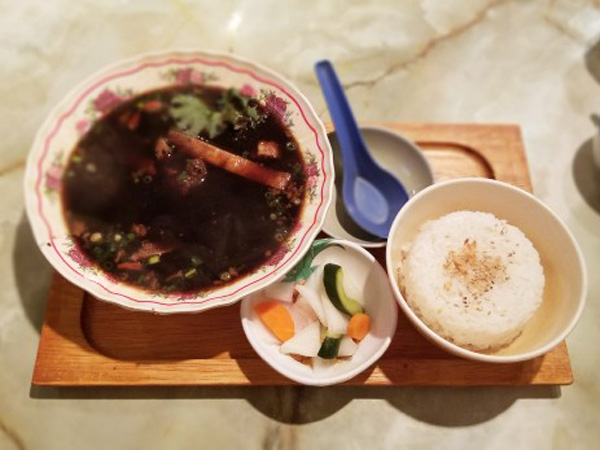 暑い日に食べたい! シンガポール名物の熱々バクテー【編集部ブログ<TOKYO>】