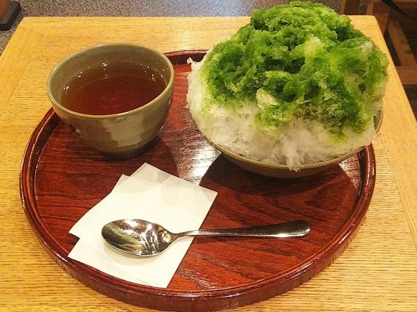老舗銘菓のカフェで味わう、こだわりのかき氷♪【赤福&とらや】