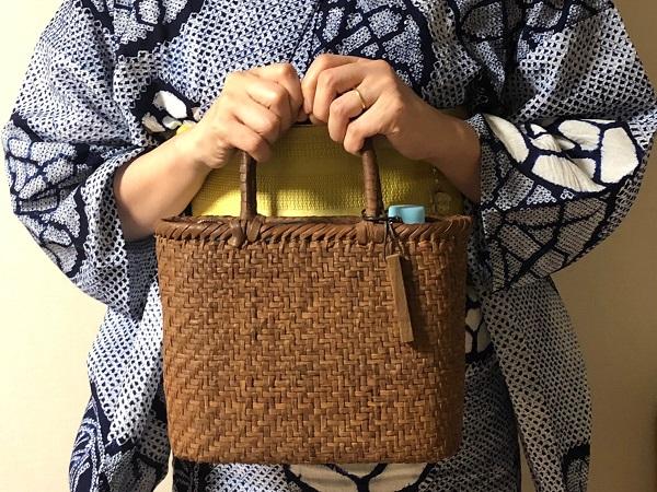 【編集部ブログ<TOKYO>】浴衣にヘビロテ♪ やまぶどうのかごバッグ
