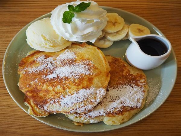 【編集部ブログ<TOKYO>】東京下町散歩 浅草のカフェでふわふわパンケーキを発見!