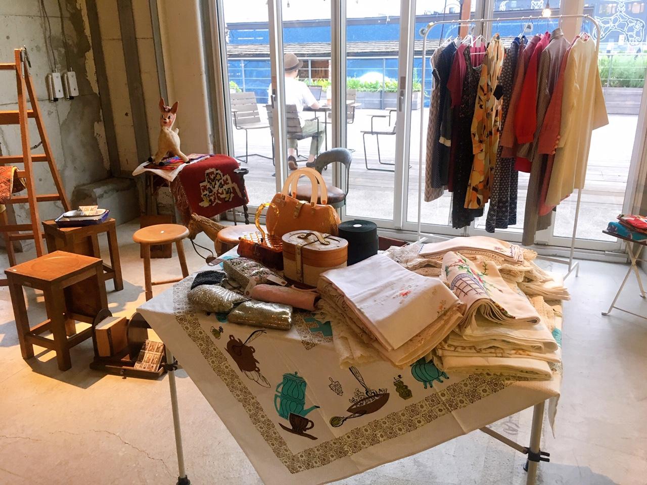 水辺のマーケットで古道具&古着クルーズ【編集部ブログ<TOKYO>】
