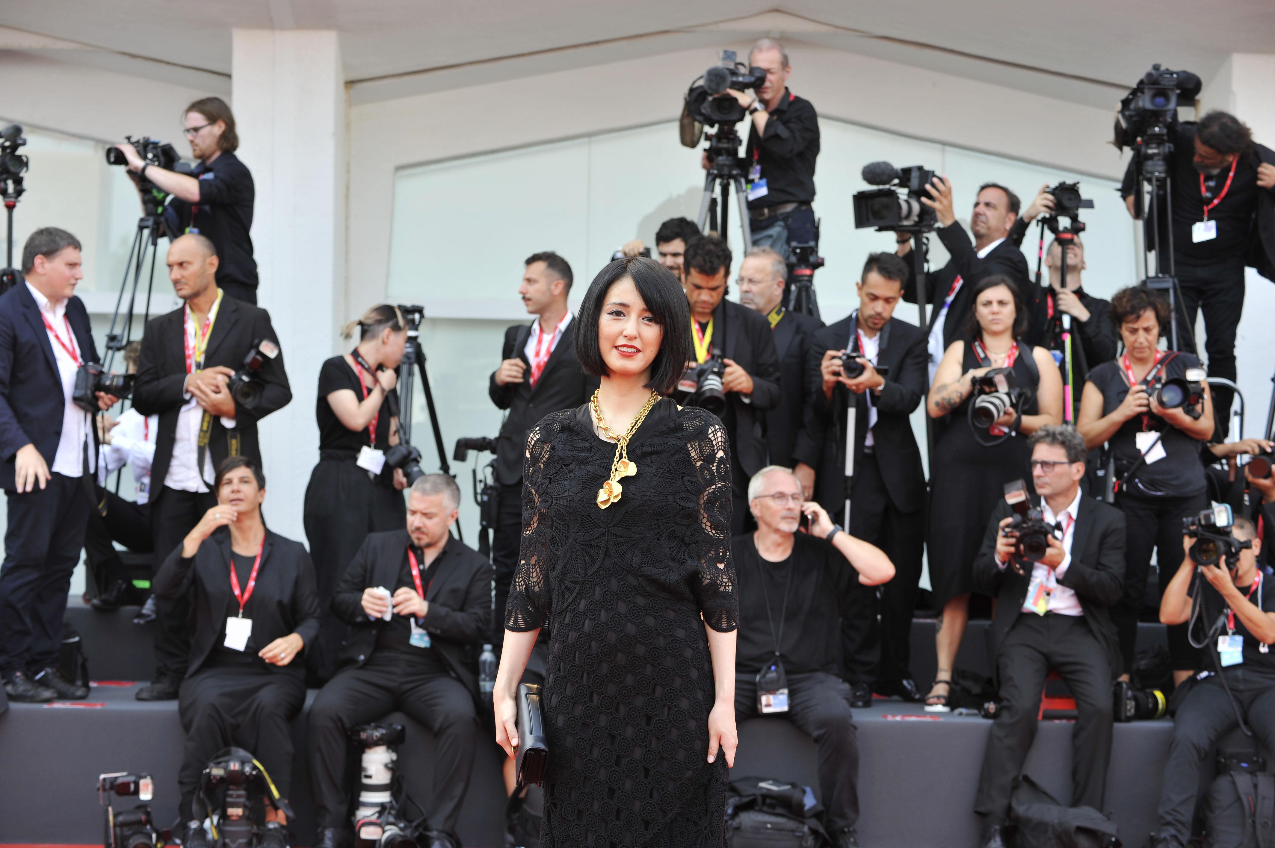 芸術の秋 現代アーティスト小松美羽さんヴェネツィア国際映画祭ノミネート