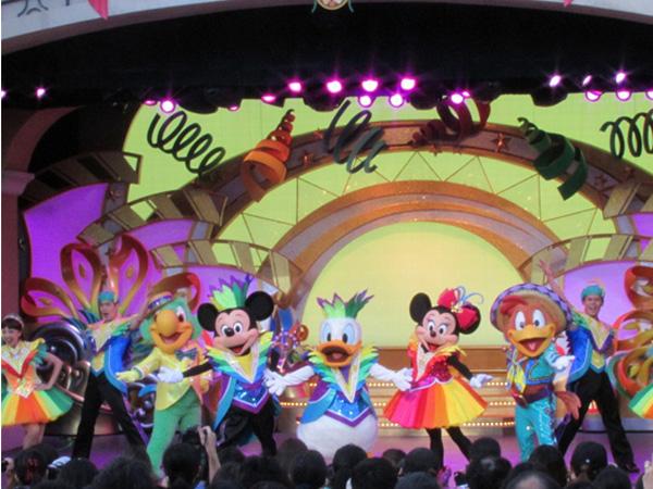 マニアをもトリコにするディズニーショー「レッツ・パーティグラ」【編集部ブログ<TOKYO>】