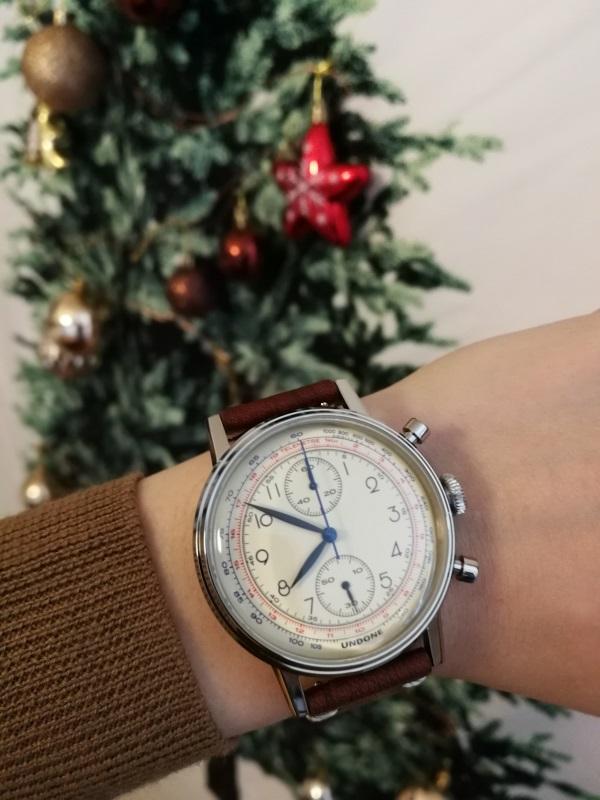 夫へのクリスマスプレゼントにカスタマイズ腕時計「UNDONE」購入