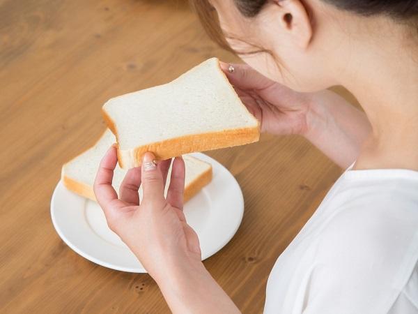 どんなパンも高級食パンに!? 話題の「トーストスチーマー」を使ってみた