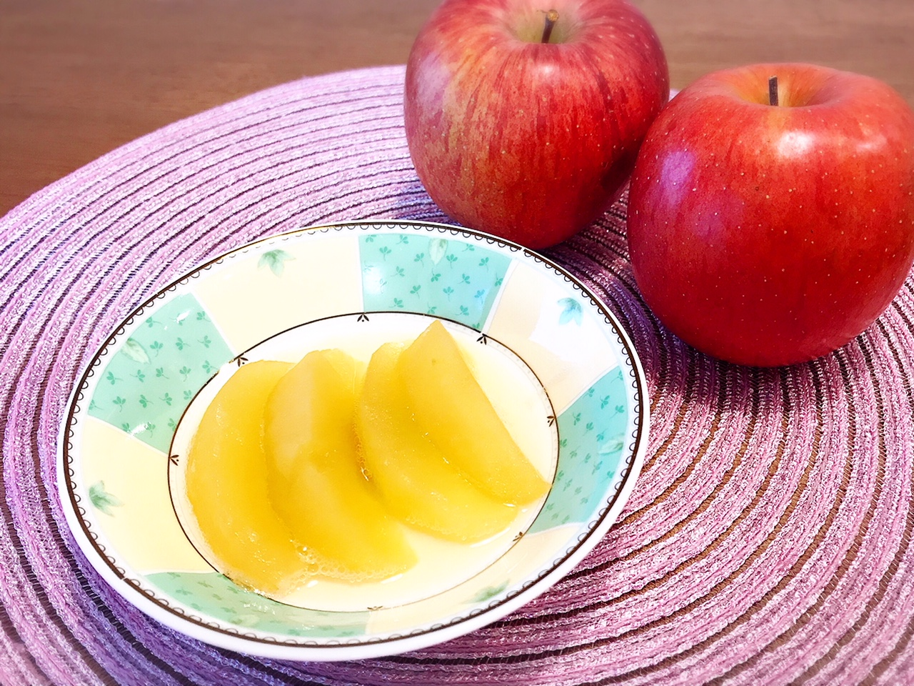 とっても簡単で美味しい♡煮りんごレシピ