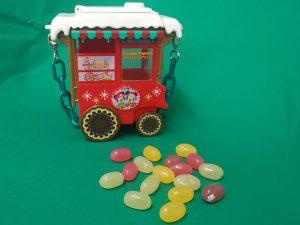 食べ終わったらお土産に! ディズニー・クリスマスのスーベニアアイテム