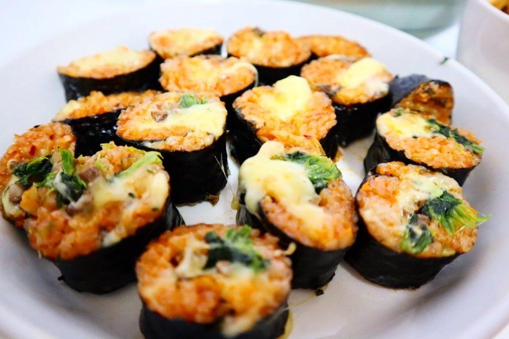 作り方 チーズキンパ とろ〜り伸びるチーズに大興奮!韓国グルメ「チーズキンパ」が日本で人気急上昇